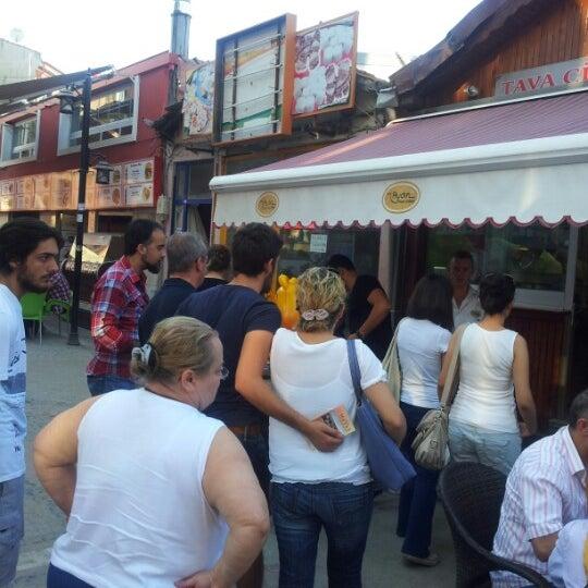 9/3/2012 tarihinde cihan t.ziyaretçi tarafından Aydın Tava Ciğer'de çekilen fotoğraf