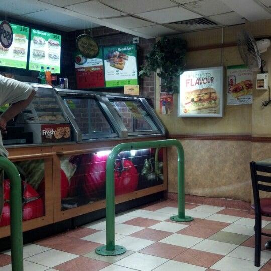 Subway Sandwich Place In Chennai