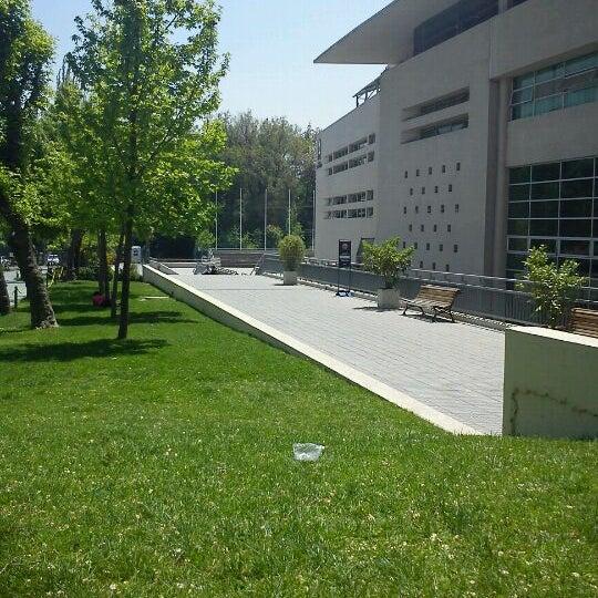 Foto tomada en Universidad Andrés Bello por Rodrigo A. el 10/21/2011