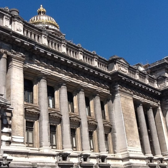 Photo taken at Justitiepaleis / Palais de Justice by Lord Rafael G. on 7/24/2012
