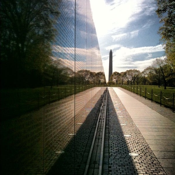 maya lin essay on vietnam memorial How to honor victims ask maya lin lin won a public design competition with her concept for the vietnam veterans memorial in washington, dc.