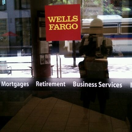 job satisfaction at wells fargo Concerns about management dragged down job satisfaction ratings in jd power's annual survey  cetera, advisor group and the wells fargo financial network the firm did not receive enough.