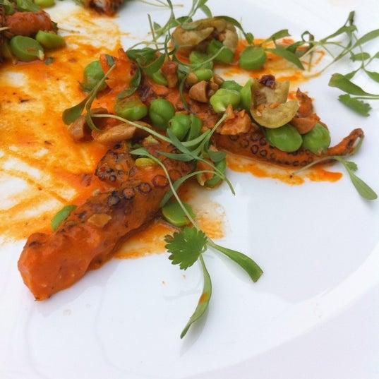 Little fish seafood restaurant in bella vista southwark for Little fish philadelphia