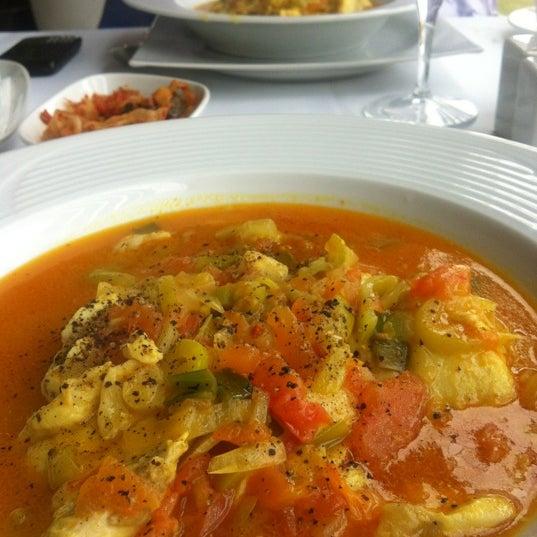 3/9/2012 tarihinde Ersan Ö.ziyaretçi tarafından Foça Fish Gourmet'de çekilen fotoğraf