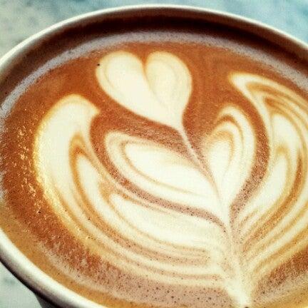 Das Foto wurde bei Culture Espresso von Jenn Z. am 7/15/2012 aufgenommen