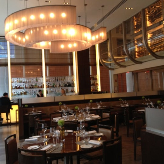 Aureole american restaurant in theater district for American cuisine new york