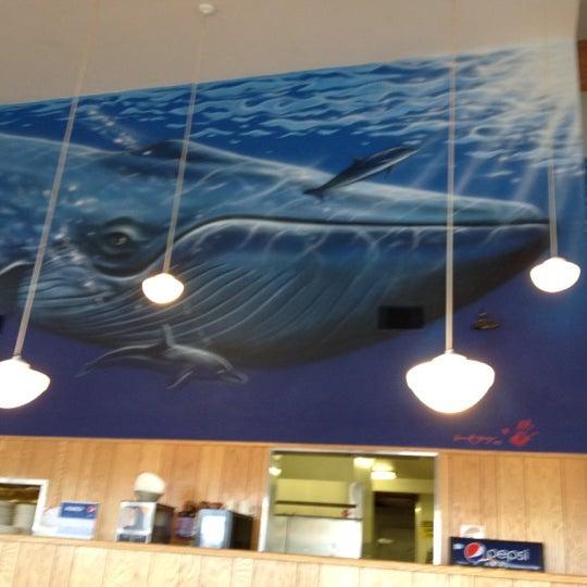 3/16/2012 tarihinde Karma H.ziyaretçi tarafından Blue Whale'de çekilen fotoğraf