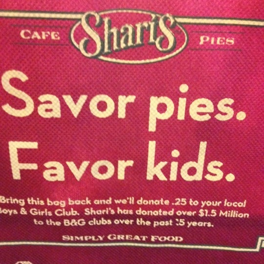 Photo taken at Shari's Cafe and Pies by Lise W. on 3/27/2012