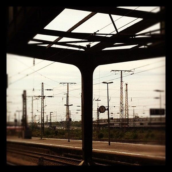 Photo taken at Duisburg Hauptbahnhof by Drew E. on 5/18/2012
