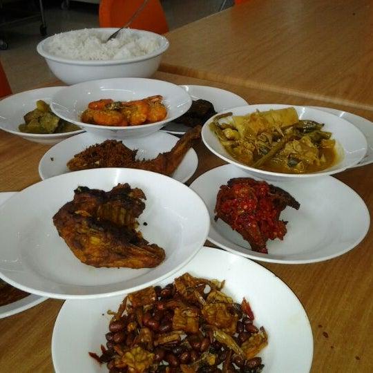 Restoran seri garuda emas asian restaurant in kuala lumpur for Asian cuisine athens al