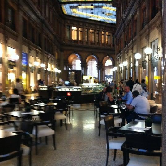 Foto scattata a Galleria Alberto Sordi da laEli il 7/20/2011