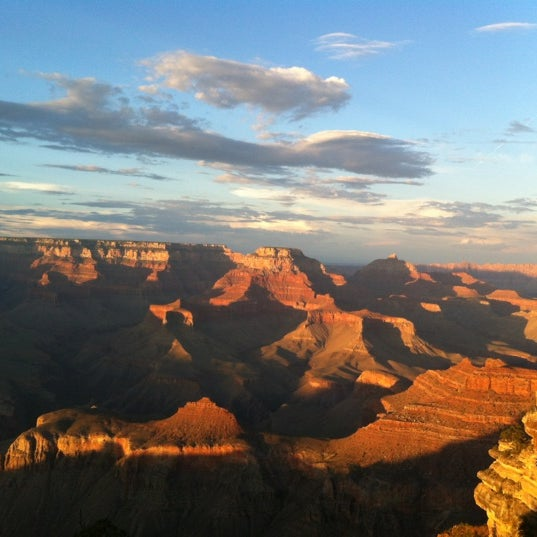 Photo taken at Red Feather Lodge Grand Canyon by Stéphanie B. on 8/3/2012