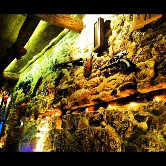 3/4/2012 tarihinde Pinar ..ziyaretçi tarafından Yengeç Restaurant'de çekilen fotoğraf