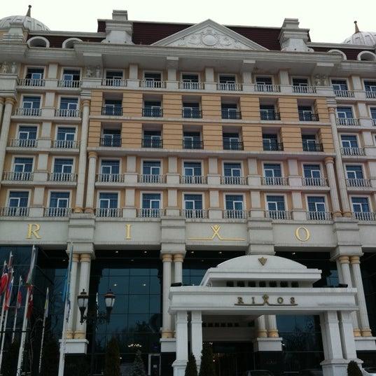 2/13/2011 tarihinde Sergey K.ziyaretçi tarafından Rixos Almaty'de çekilen fotoğraf