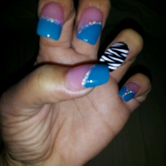 Annie\'s Nails - Logan - Ogontz - Fern Rock - old York road and champlost