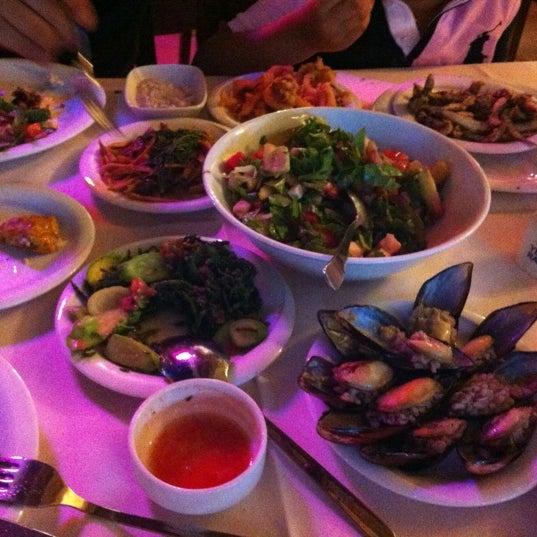7/30/2012 tarihinde Asli A.ziyaretçi tarafından Cunda Deniz Restaurant'de çekilen fotoğraf