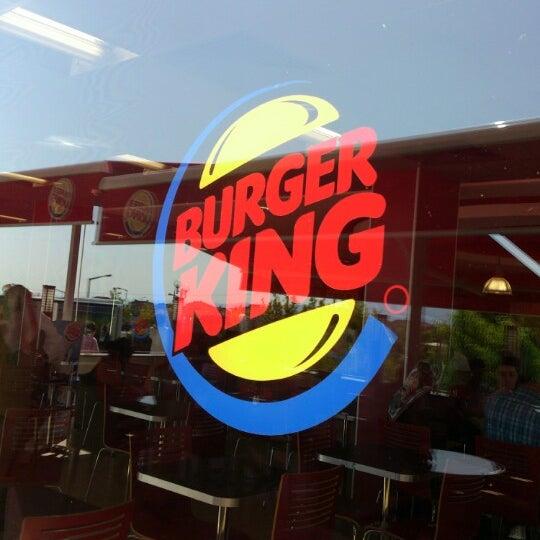 Photo taken at Burger King by Suna K. on 8/21/2012
