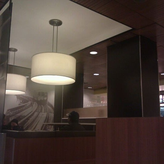 Photo taken at McDonald's by 🚄✈️ Jon ✈️🚄 on 11/12/2011