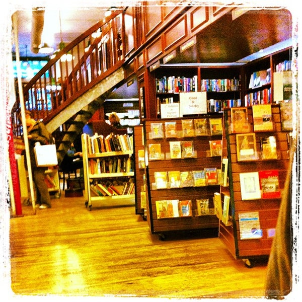 Photo taken at Housing Works Bookstore Cafe by Alexander P. on 4/27/2012