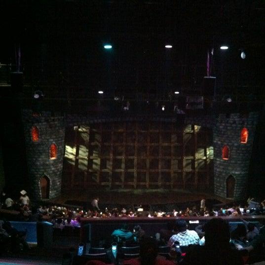 Foto tirada no(a) Teatro Aldama por Laura R. em 5/13/2012