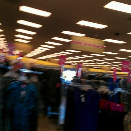 There are currently 1, Ross Dress for Less stores in 36 states with an additional for Dd's Discounts in 15 states. Most of the stores are located in California, Texas and Florida, with others in Arizona, Illinois, Georgia and Pennsylvania.