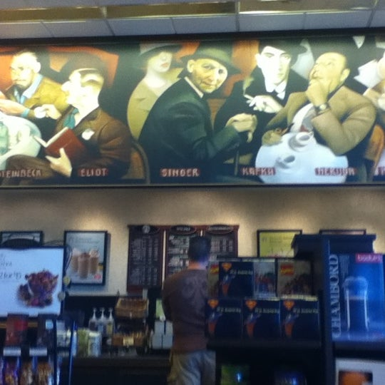 Photo taken at Barnes & Noble by Alicia N. on 8/26/2012