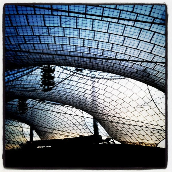Photo taken at Olympic Stadium by Viscoform (. on 11/3/2011