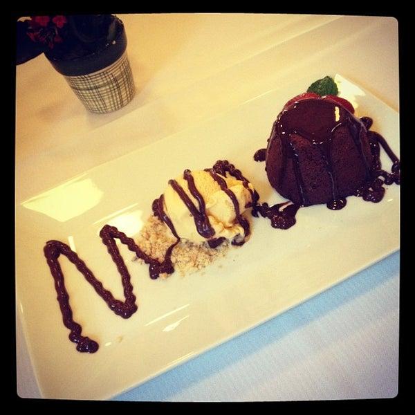 Foto tirada no(a) Zeffiro Restaurante por Rafa M. em 7/1/2012