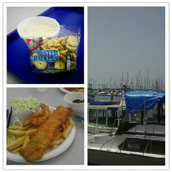 Photo taken at Harbor Fish and Chips by Tim W. on 5/18/2012