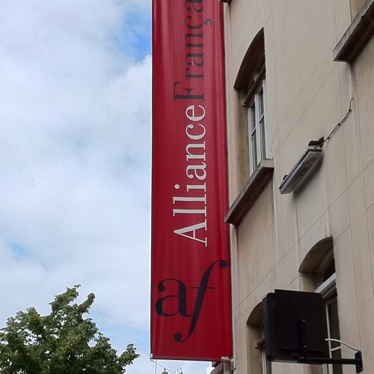 Photo taken at Alliance Française by Robson R. on 7/11/2011