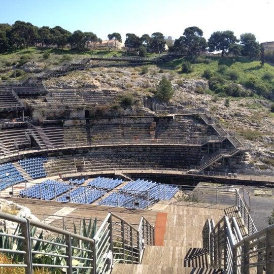 Anfiteatro romano sito storico for Sito storico