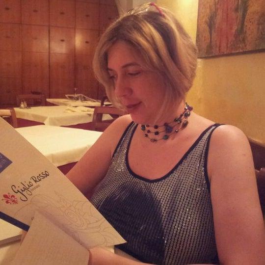 รูปภาพถ่ายที่ Giglio Rosso โดย Tsipi E. เมื่อ 9/27/2011