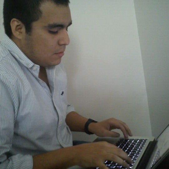 Foto tomada en Universidad Andrés Bello por Steffan G. el 9/28/2011