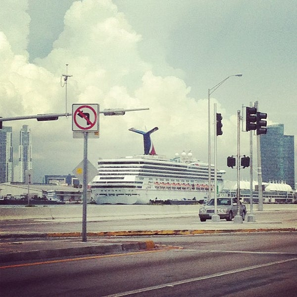 Port Of Miami Cruise Lines: Boat Or Ferry In Miami