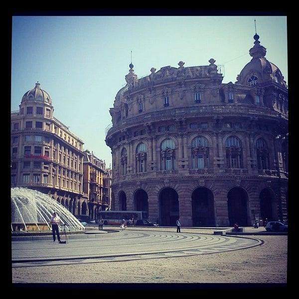 Foto scattata a Piazza de Ferrari da Guido T. il 9/8/2012