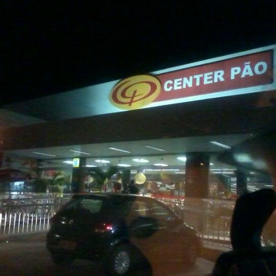 Foto tirada no(a) Center Pão por Bruno R. em 11/1/2011