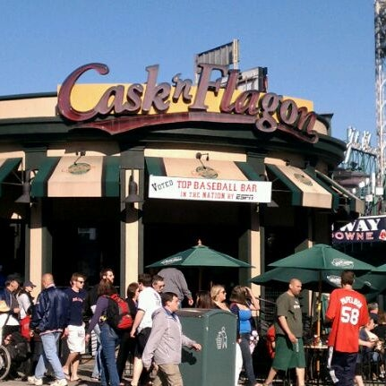Photo taken at Cask 'n Flagon by Trevor P. on 4/19/2012