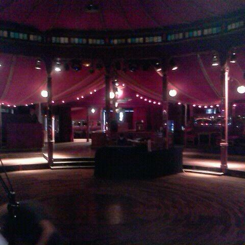 Снимок сделан в Cabaret Sauvage пользователем Nicole N. 9/8/2011