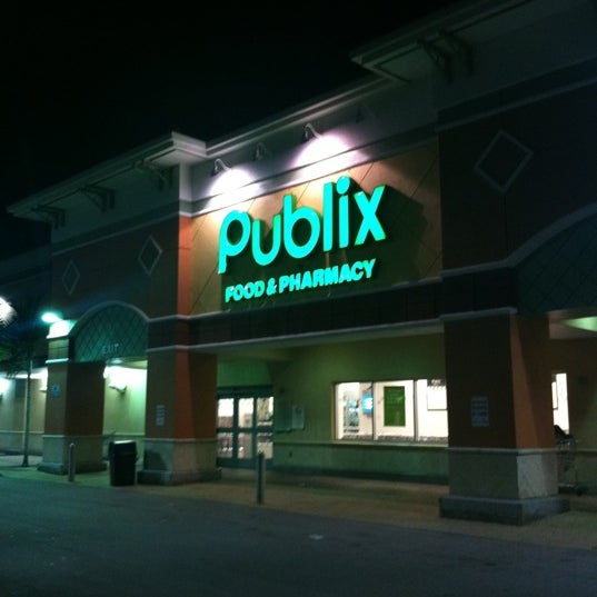 Photos at Publix - 3 tips from 404 visitors