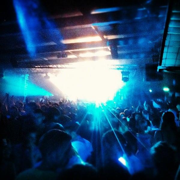 Foto scattata a Velvet Club & Factory da Diego G. il 7/22/2012