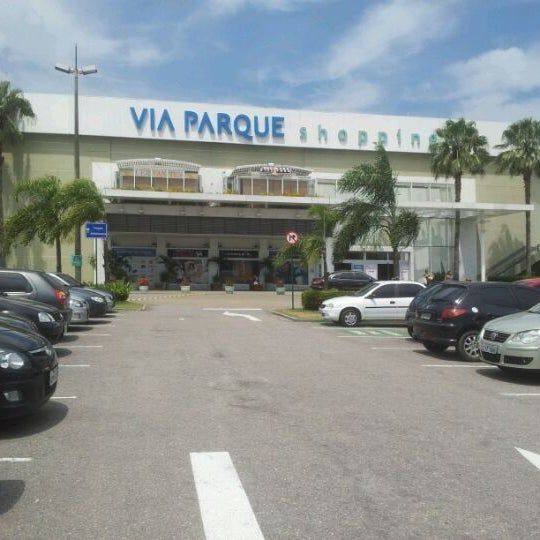 Foto tirada no(a) Via Parque Shopping por Monica O. em 2/13/2012