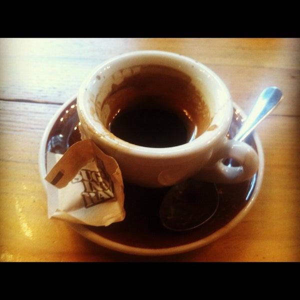 Das Foto wurde bei Culture Espresso von Eugene T. am 9/13/2012 aufgenommen