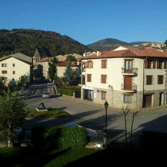 Photo taken at Hotel Grevol Spa & Wellness Llanars by Raúl M. on 10/23/2011