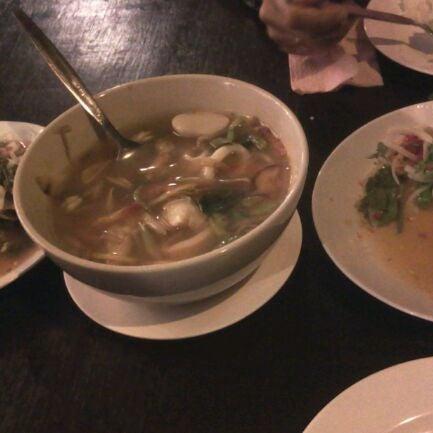 Photo taken at ร้านอาหารเยาวราช by ★Yee K. on 3/8/2012