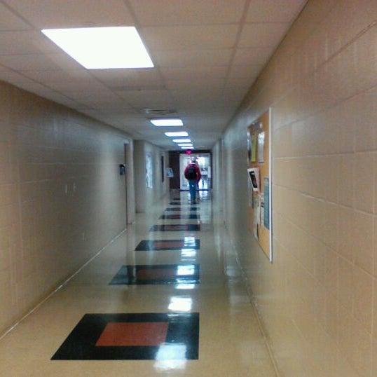 Снимок сделан в Pulaski Technical College пользователем Jeremiah M. 3/5/2012