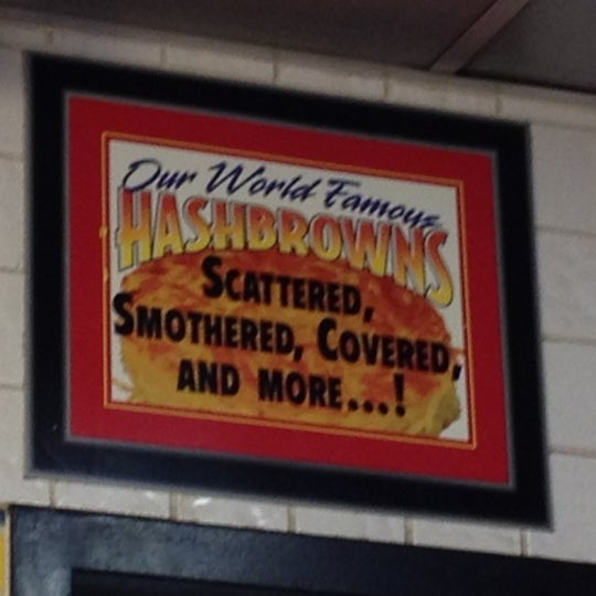 Photo taken at Waffle House by Nicole S. on 6/18/2012