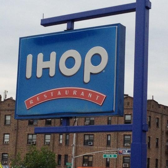 Photo taken at IHOP by Vivi C. on 7/14/2012