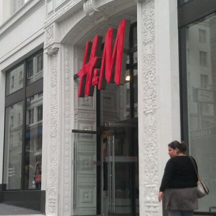 Photo taken at H&M by Michele F. on 8/21/2011
