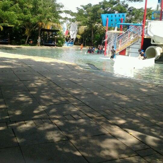 Photo taken at Waterbom Jakarta by Desi A. on 2/18/2012