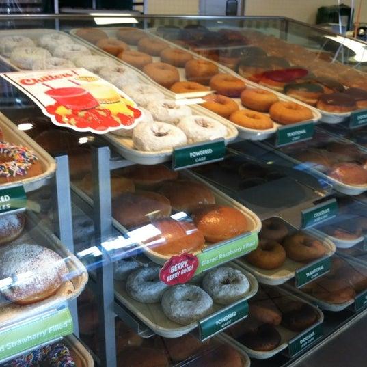 Photo taken at Krispy Kreme Doughnuts by Klatonic on 5/25/2012